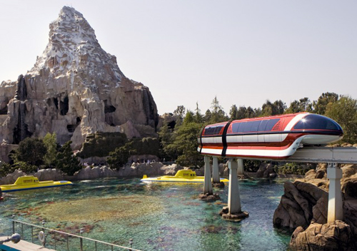 Disneyland Theme Park: Monorail, Bobsled, and Submarine